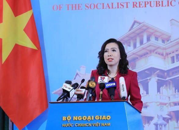 Việt Nam tăng cường bảo hộ công dân trước làn sóng kỳ thị người gốc Á - Ảnh 1.
