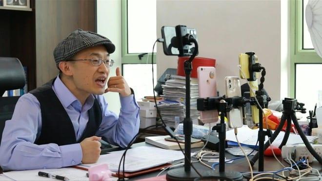 Hôn nhân lục đục, tư vấn gặp thời trong xã hội Trung Quốc hiện đại - ảnh 1