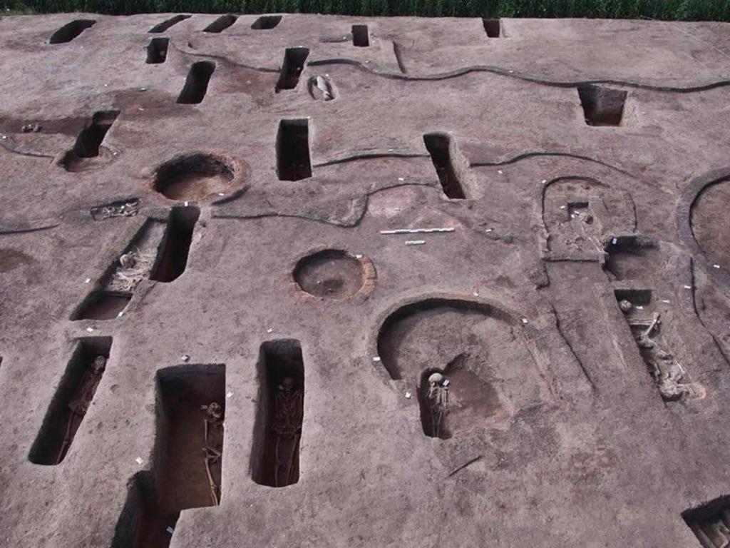 Khu cổ mộ đặc biệt vừa được khai quật /// Bộ Du lịch và Cổ vật Ai Cập