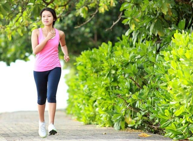 Tập thể dục giúp giảm nguy cơ mắc Covid-19 nặng - ảnh 1