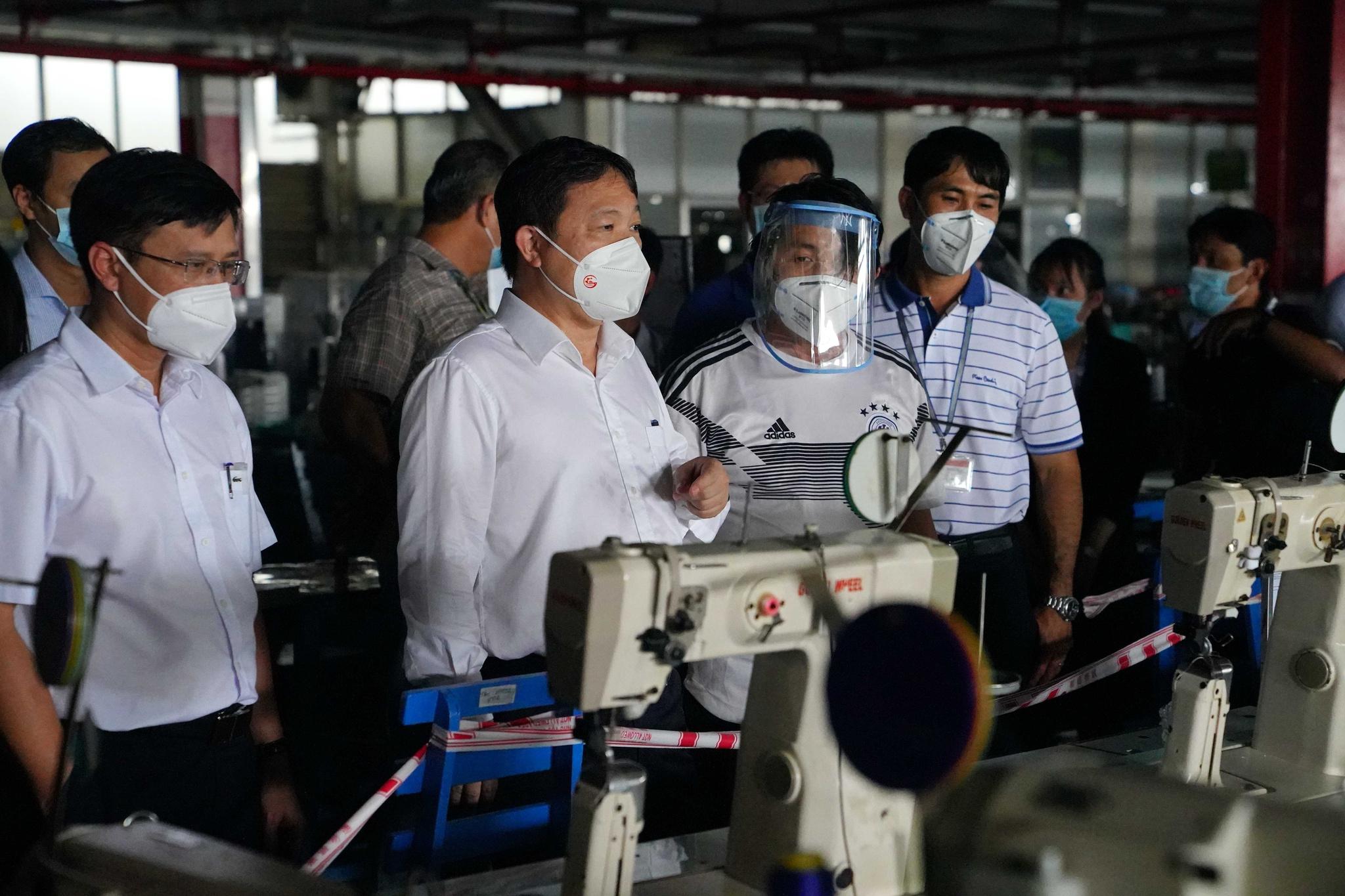 TP.HCM ngăn dịch lan trong khu công nghiệp