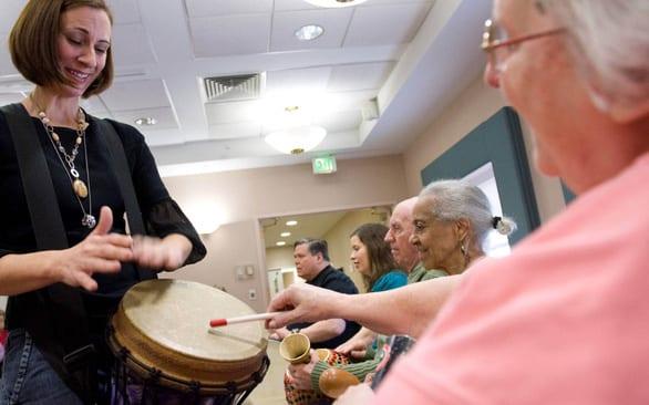 Sau 20 năm, Mỹ lại có thuốc trị Alzheimer khả dụng - Ảnh 1.