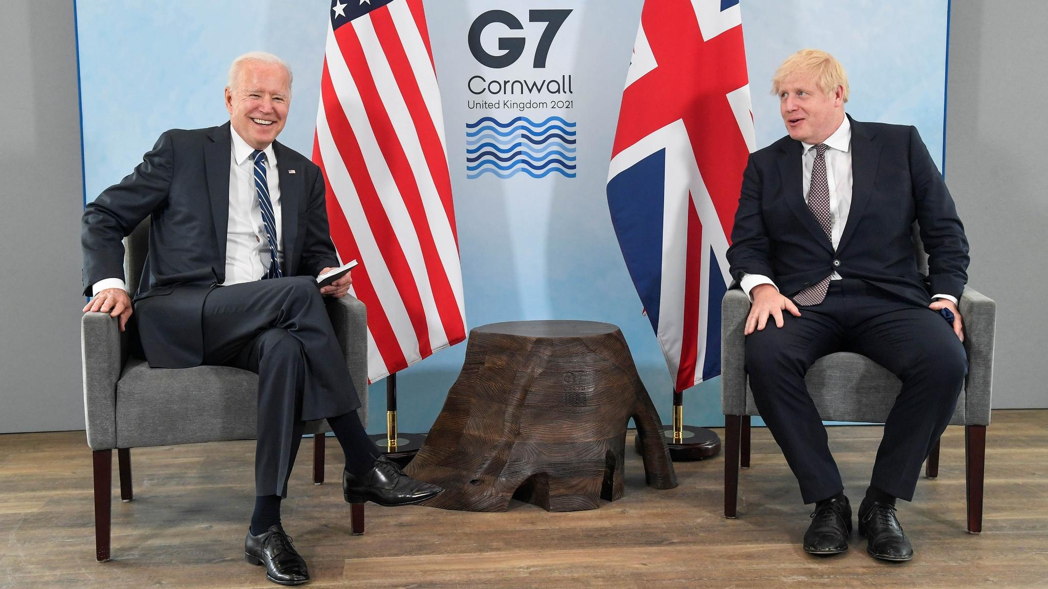 Mỹ - Anh ký hiến chương hợp tác, kêu gọi điều tra Covid-19 - ảnh 1