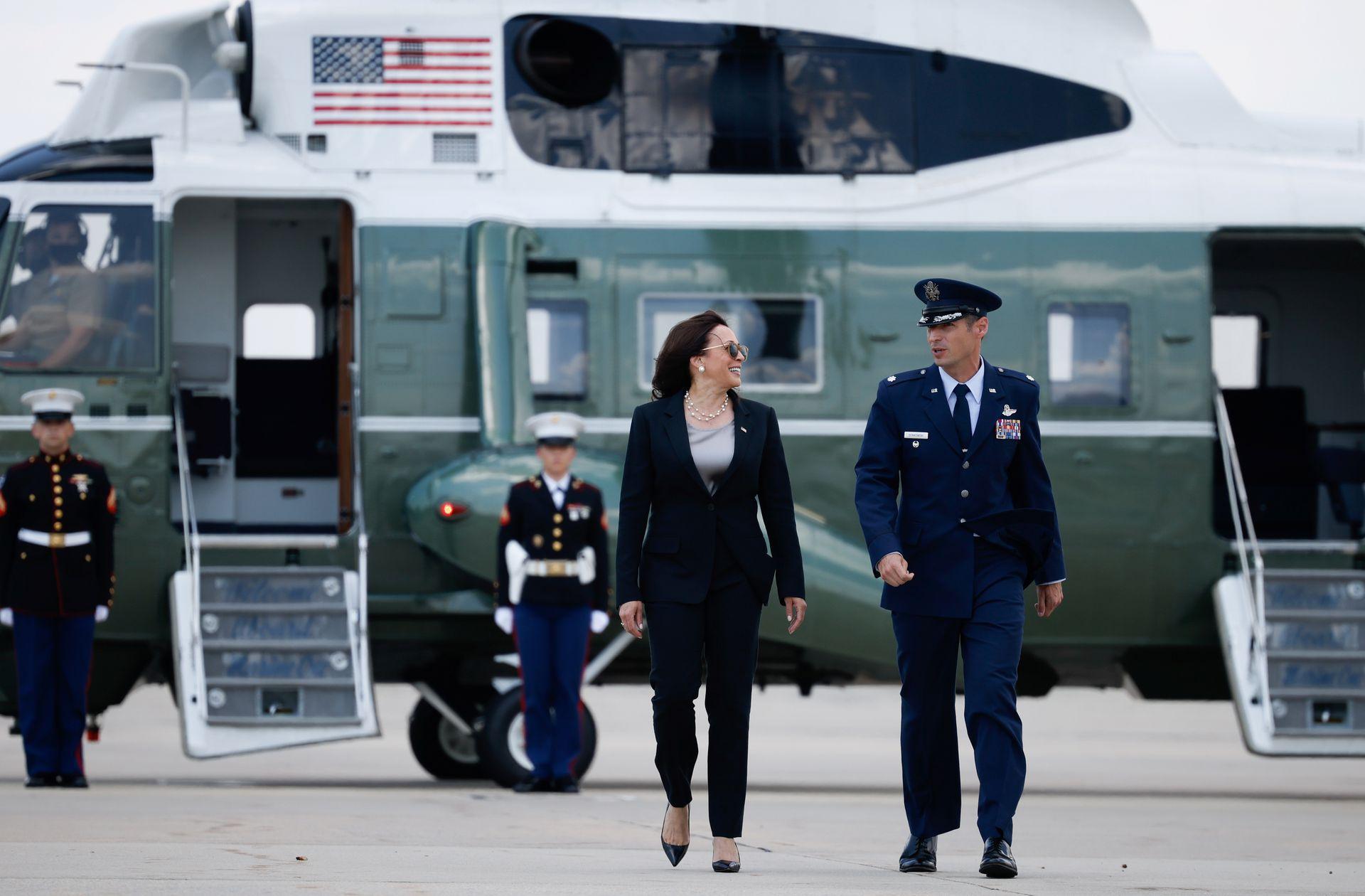 Phó Tổng thống Mỹ Kamala Harris trước khi lên đường thăm Mexico và Guantemala /// Reuters