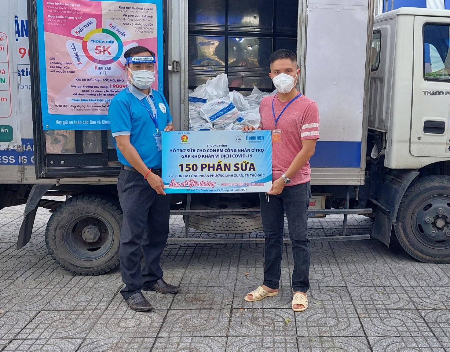 Công nhân treo bảng cầu cứu sữa cho con, nghẹn ngào khi nhận được hỗ trợ - ảnh 9