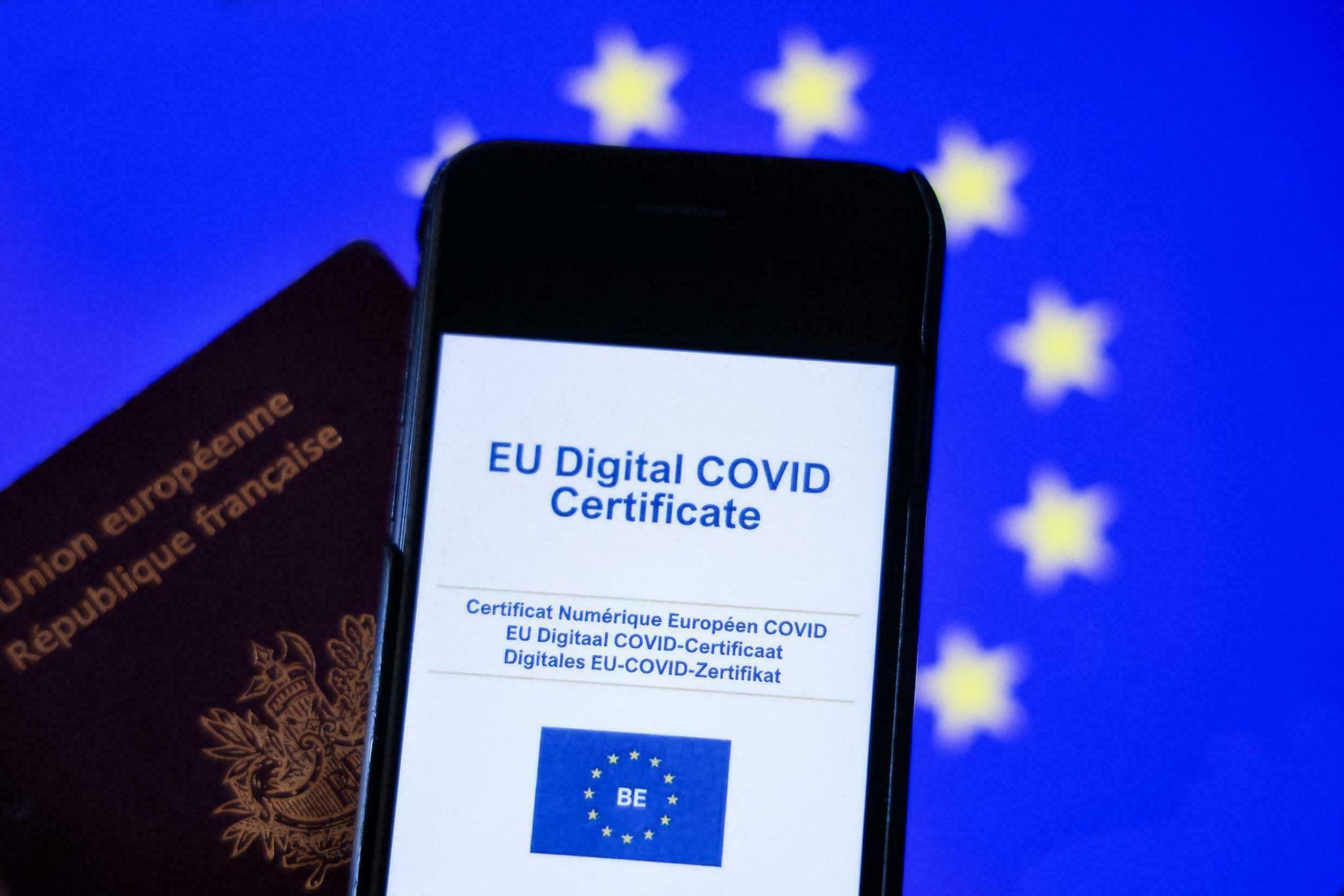 Chứng nhận hộ chiếu vắc xin kỹ thuật số của EU /// AFP