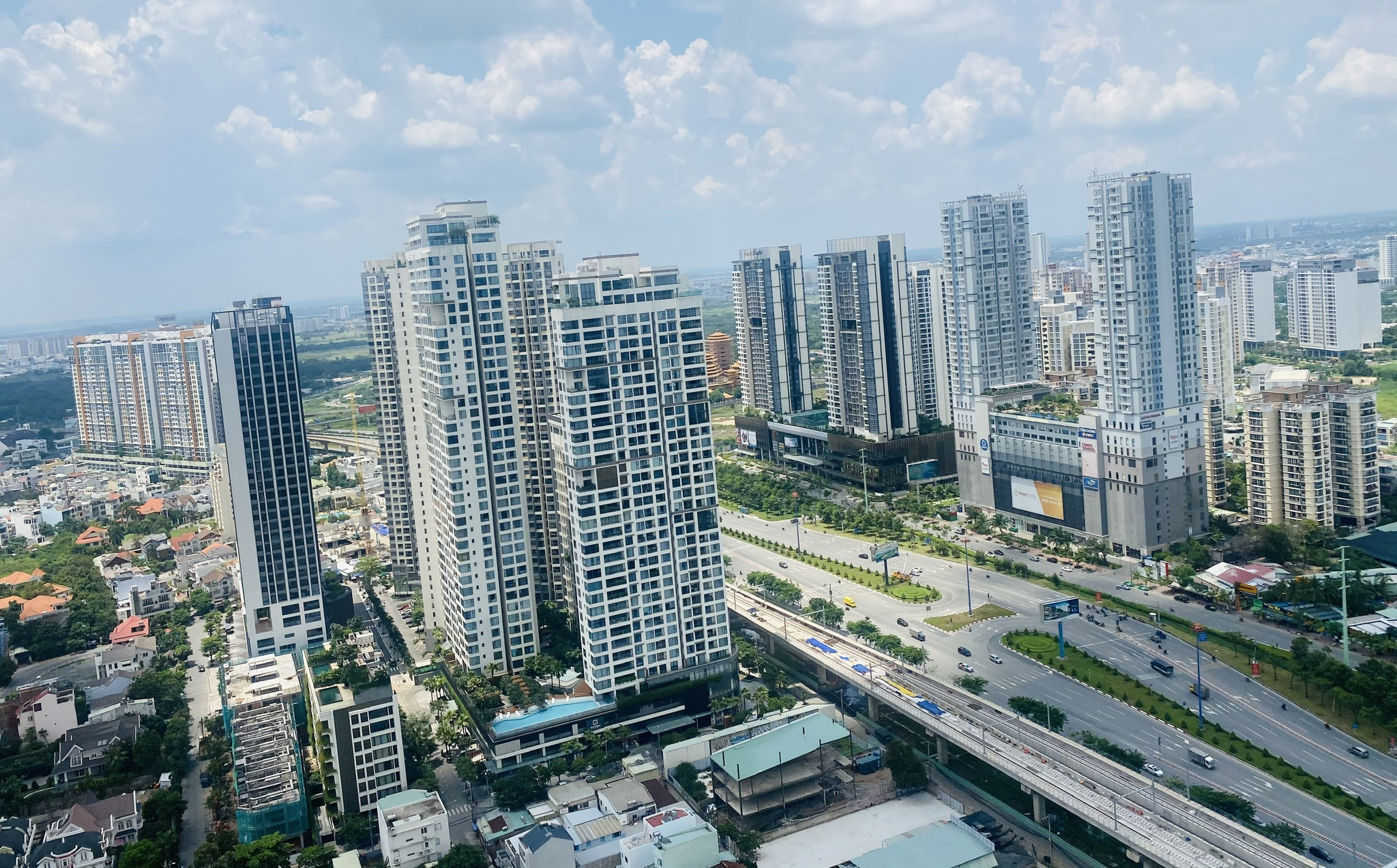 Dù dịch Covid-19 bùng phát nhưng ở các thành phố lớn trên thế giới giá nhà đất vẫn tăng /// ĐÌNH SƠN
