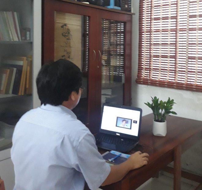 Để con tránh cảnh ngáp ngắn, ngáp dài khi học trực tuyến - ảnh 1