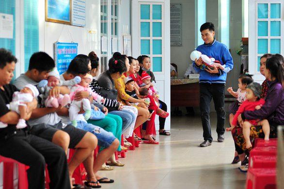TP.HCM sẽ tiêm chủng mở rộng cho trẻ em trở lại - Ảnh 1.