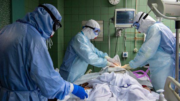 Nga phát hiện thuốc làm dịu cơn bão cytokine - Ảnh 1.