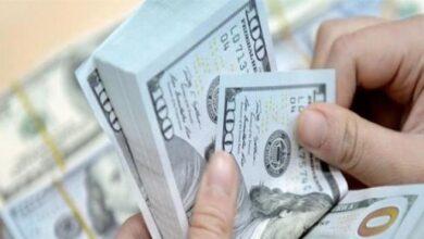 إنخفاض ملحوظ بسعر صرف الدولار مقابل الليرة خلال فترة بعد الظهر