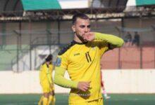 الوحدات يفاوض أحمد زريق