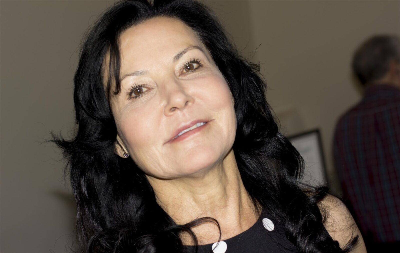 Linda Mross