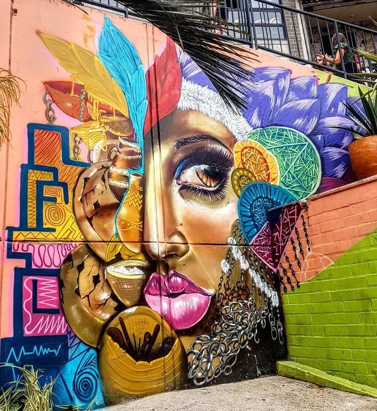Comuna 13 street art