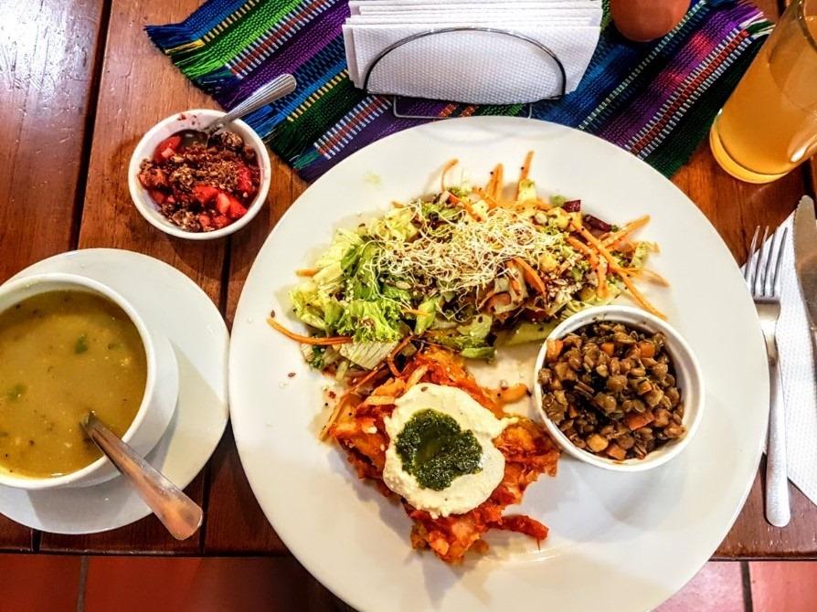 Menú Del Día at Prana, a tasty vegetarian restaurant in Envigado.