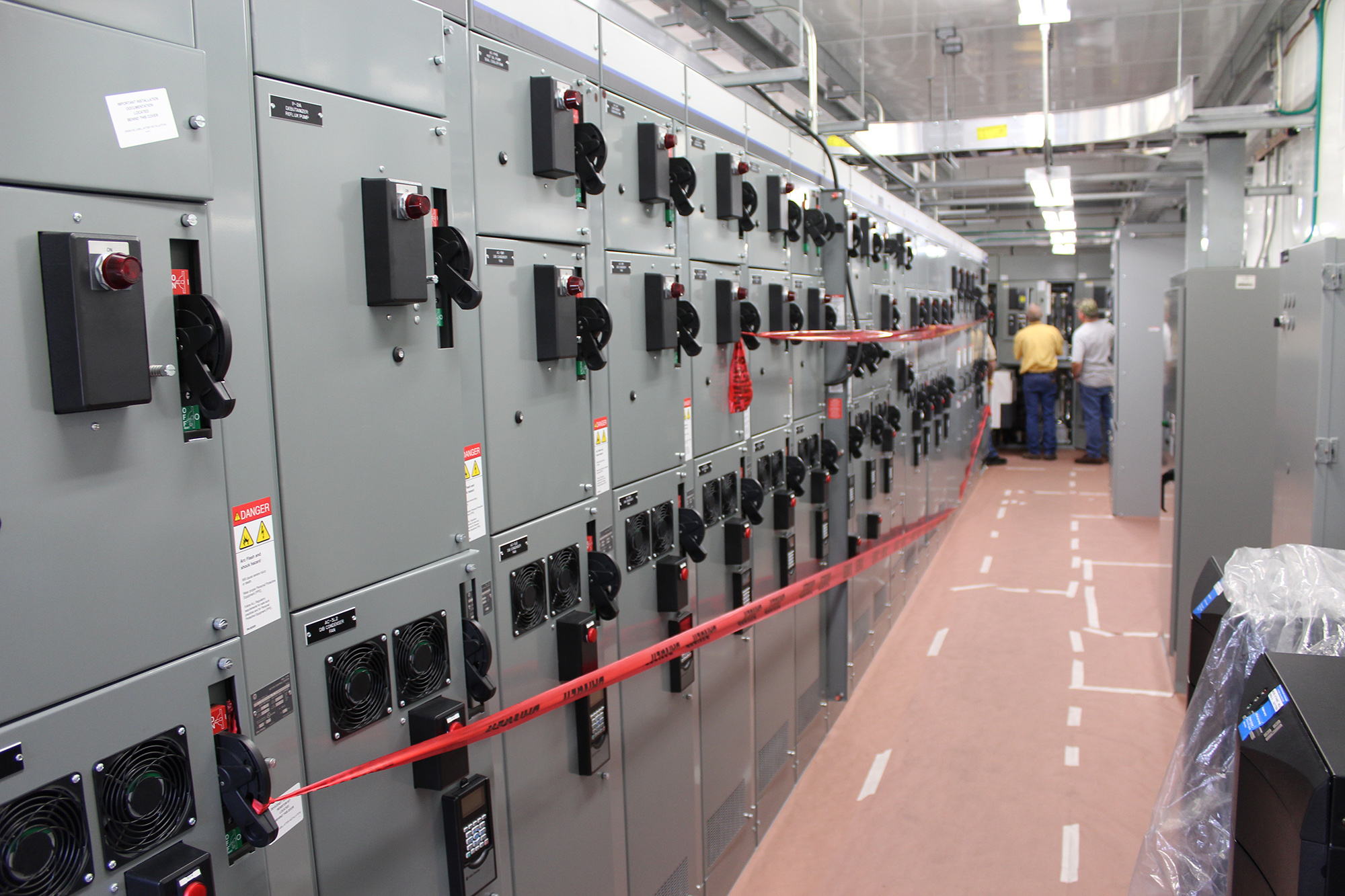 Electrical Building for a 60KBPD Fractionator