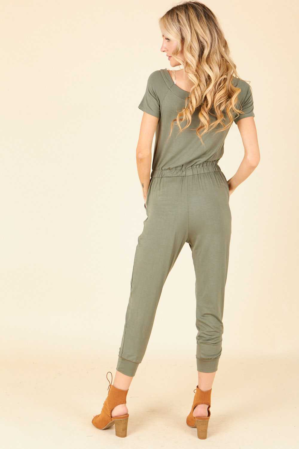 Solid Short Sleeve Elastic Waist Jumpsuit With Pockets