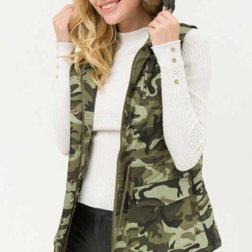 Camouflage Fur Lined Hooded Vest