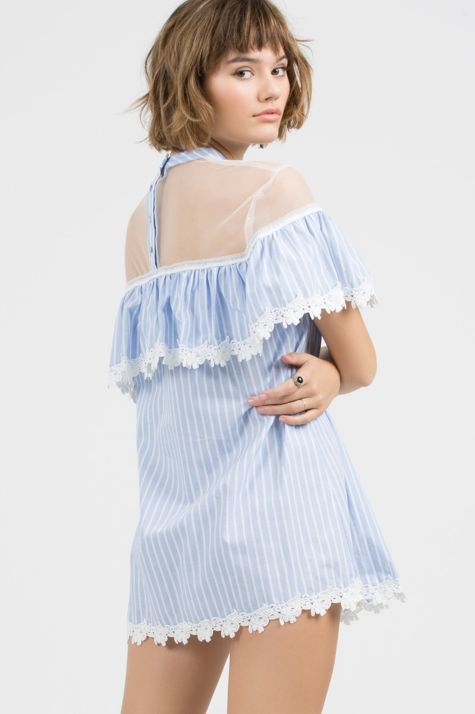Short Sleeve Round Neck Tunic Top with Mesh Contrast Side