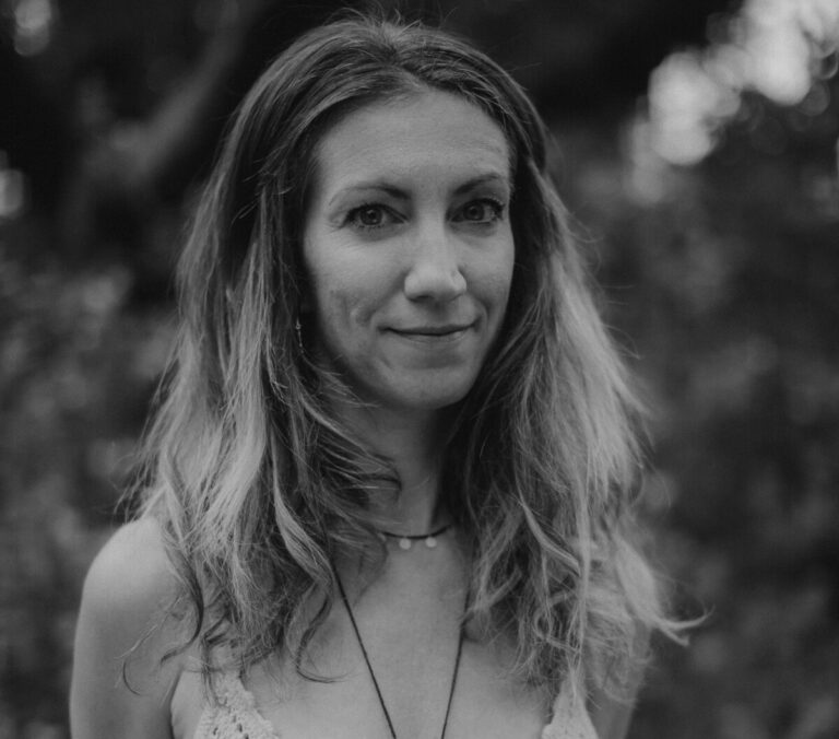 Ep 07: Freedom In Surrender: How To Live In Flow With Yogic Healer Wiebke Queisser