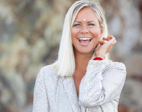 Ep 27: Why It's Never Too Late To Change Your Mind With Anna Wood