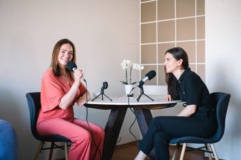 Ep 33: Presenting Confidence Inside & Out With Kat & Stefania