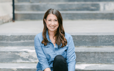 What Makes A Relationship Work? With Relationship Therapist Elizabeth Earnshaw