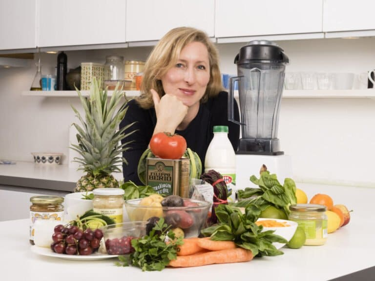 A Simple Way To Feel Your Best And Live Healthier With Jeannette Hyde