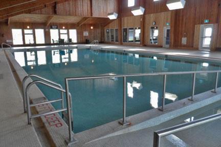 aurora swimming pool deep end