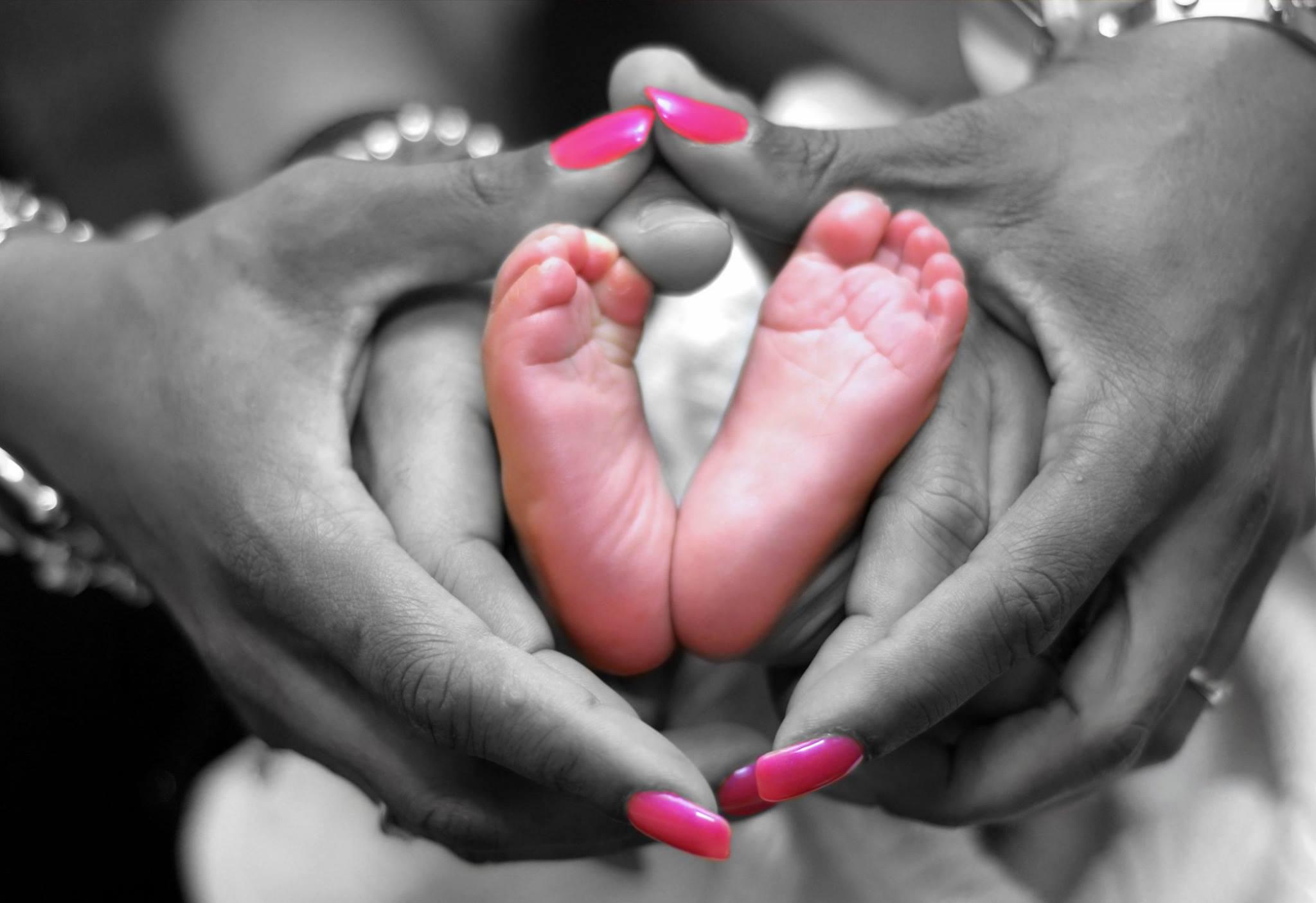 infant hands