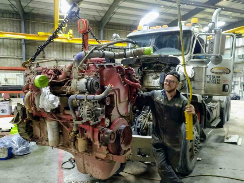 Truck Repair, Engine Repair, Heavy Duty Mechanic