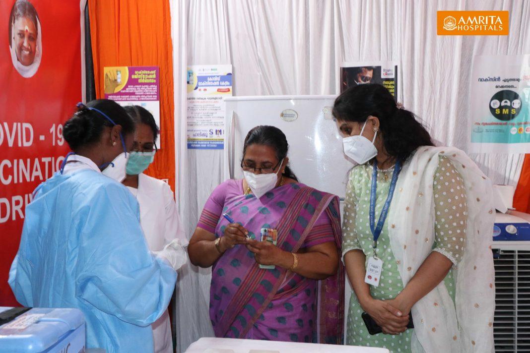 2021-01-15-COVID-Vaccination-PPP-Amrita-Hospital-Kochi-6-1068x712