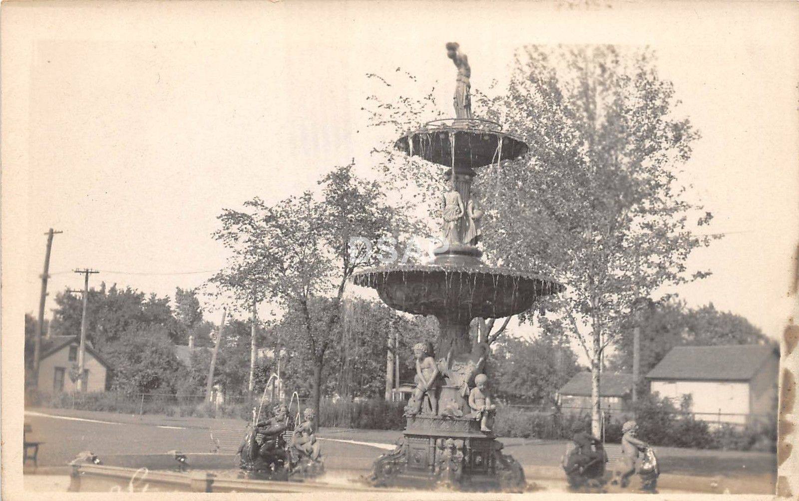 Studebaker Electric Fountain in Howard Park
