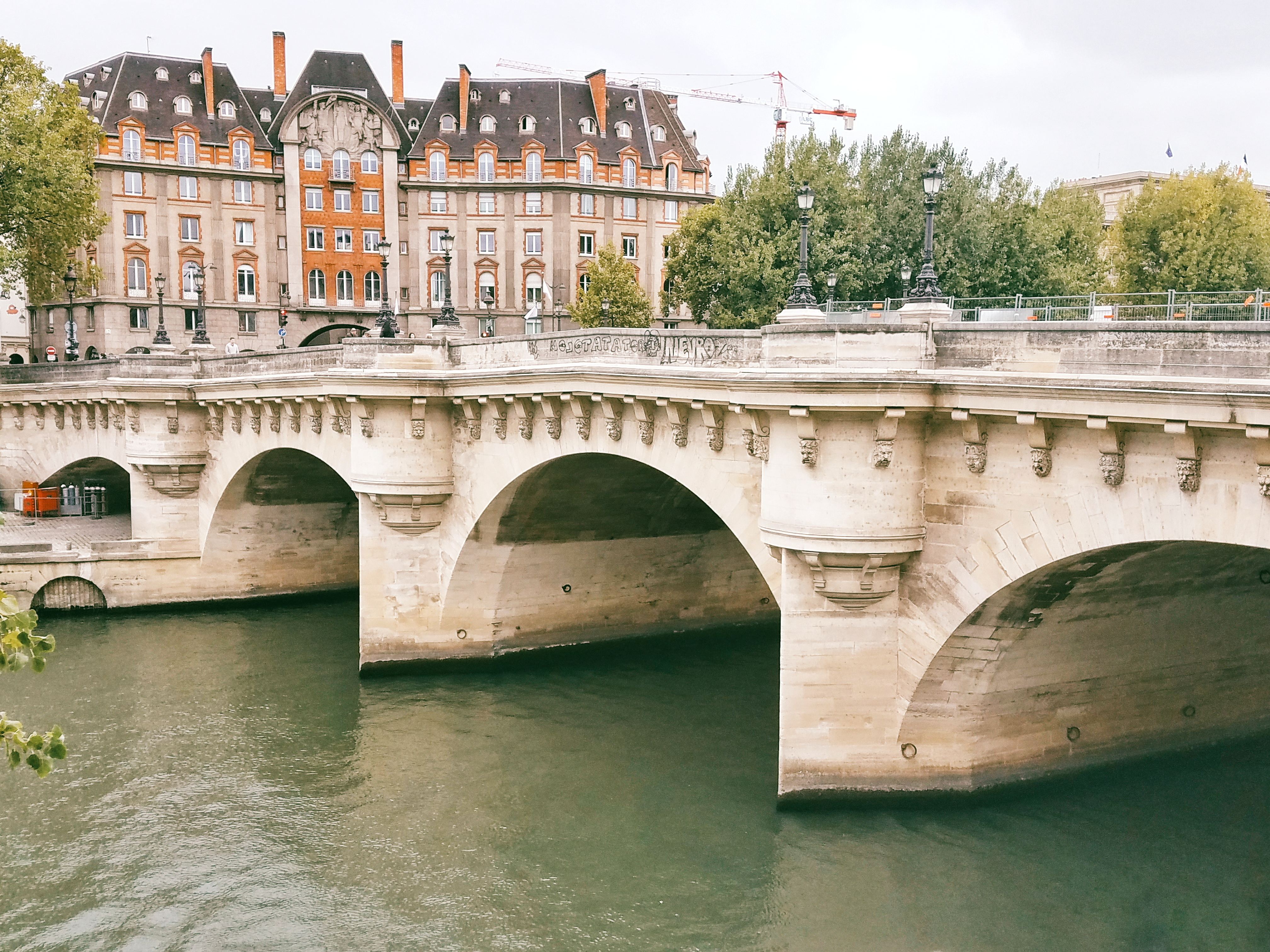 what to do in Paris