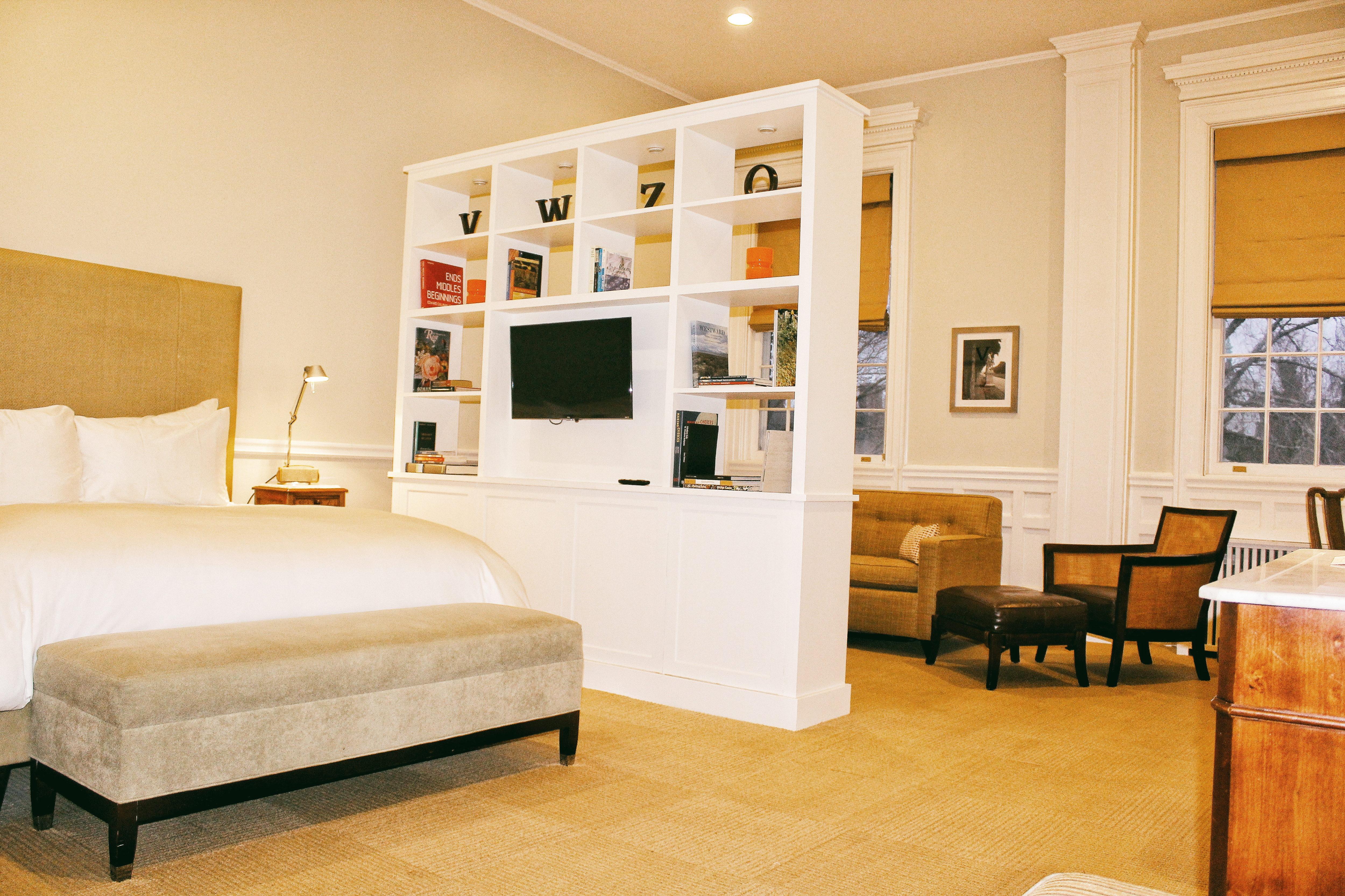 rooms-at-the-vanderbilt-hotel-in-newport-rhode-island