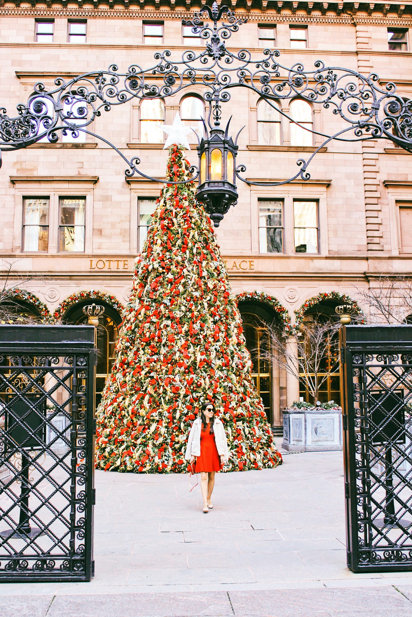 the palace hotel Christmas tree