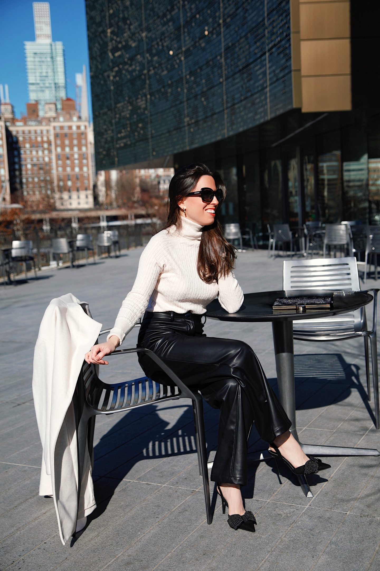 Ana-Florentina-wearing-faux-leather-pants-outfit-idea
