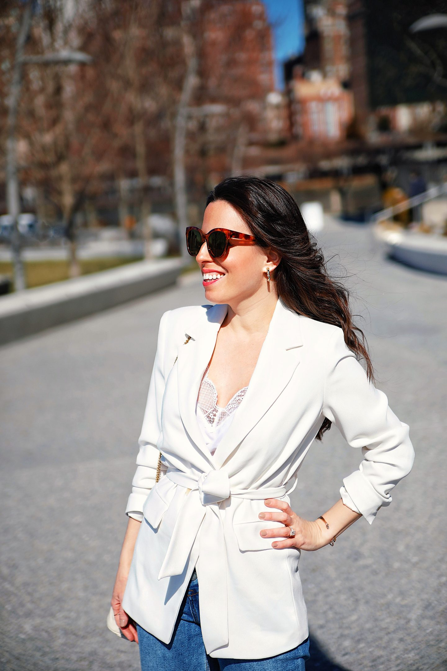 White Blazer and Blue Jeans outfit idea - Ana Florentina