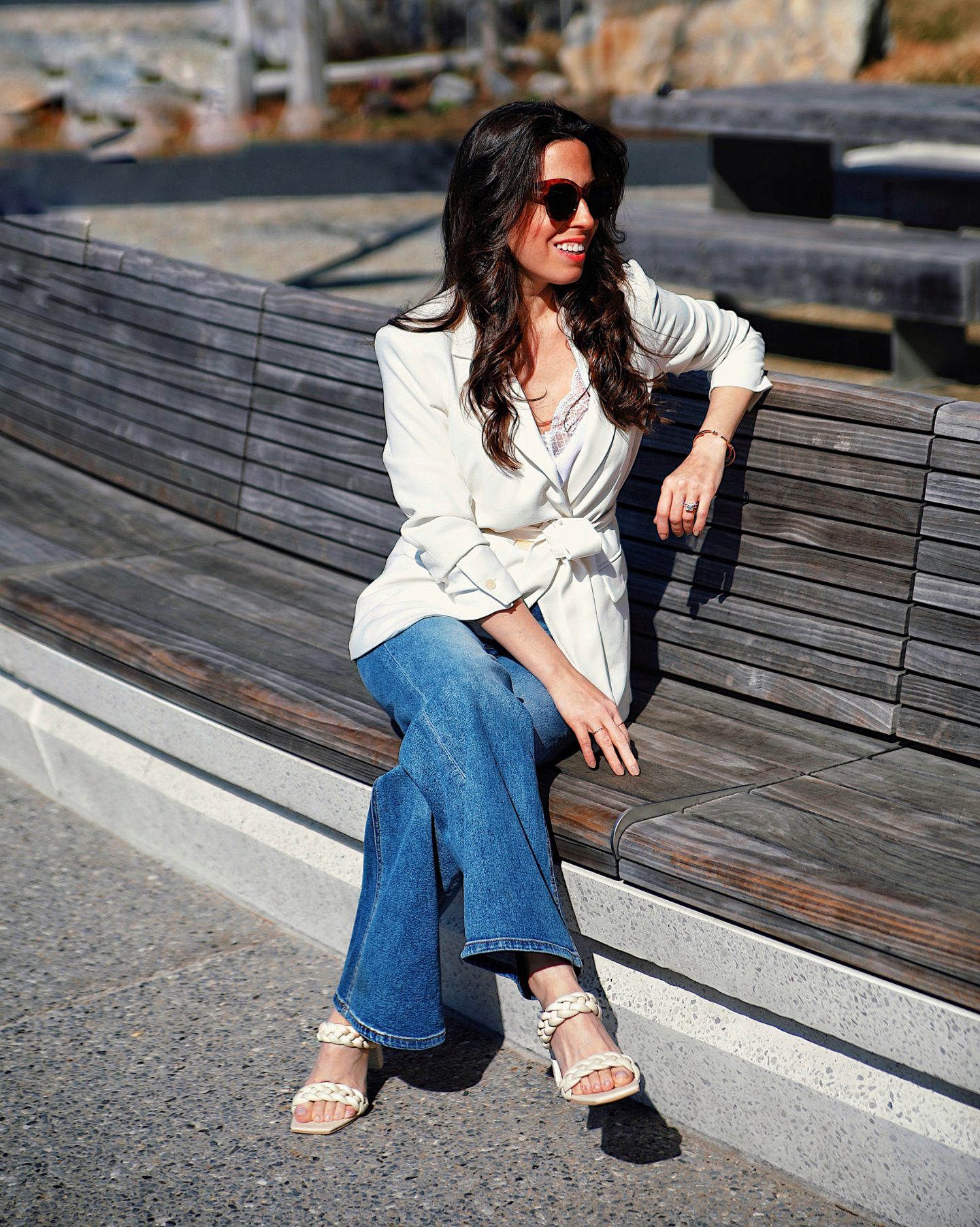 White-blazer-and-denim-outfit-idea-Ana-Florentina