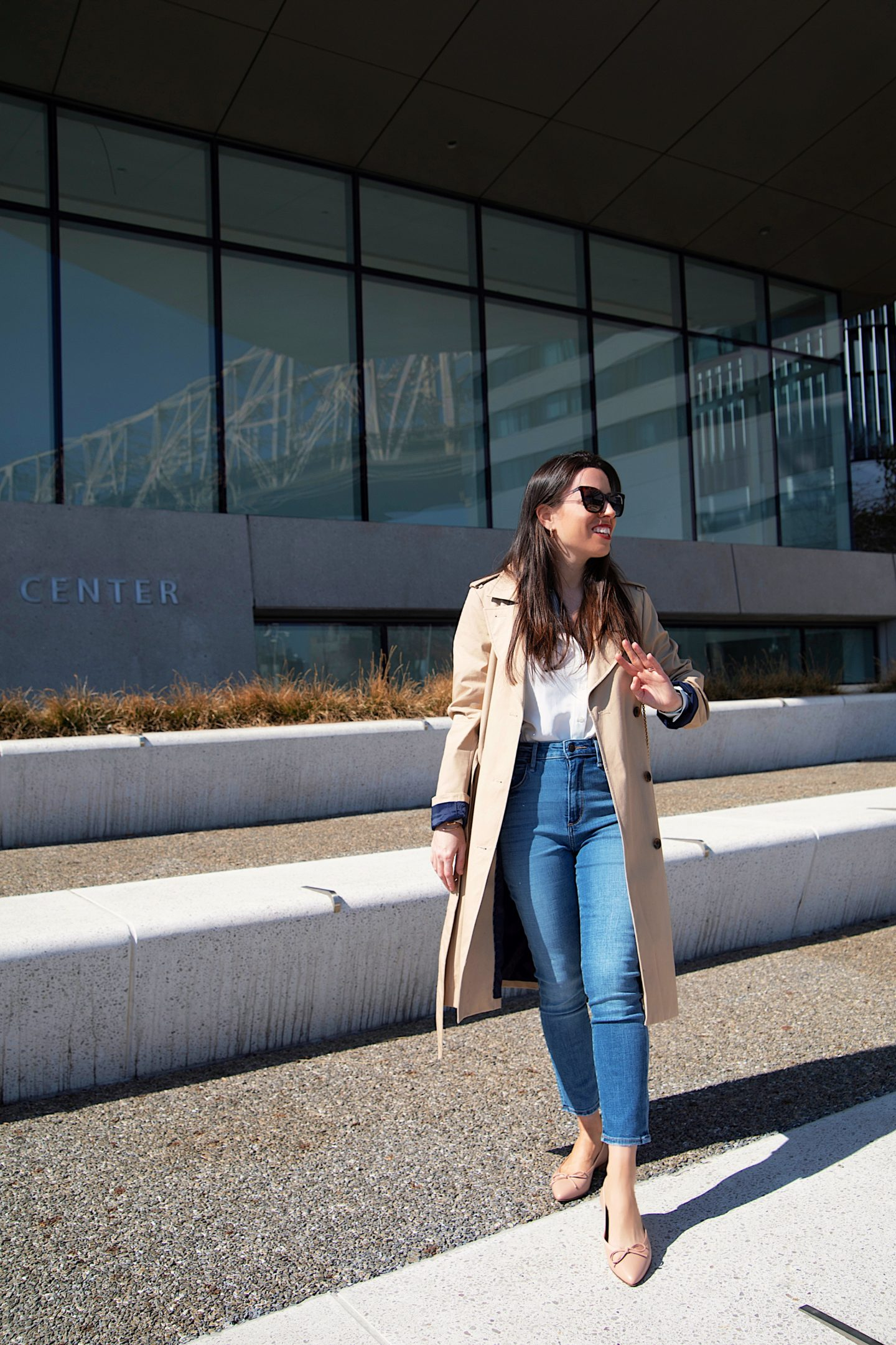 ana florentina wearing abercrombie jeans and jcrew trench coat