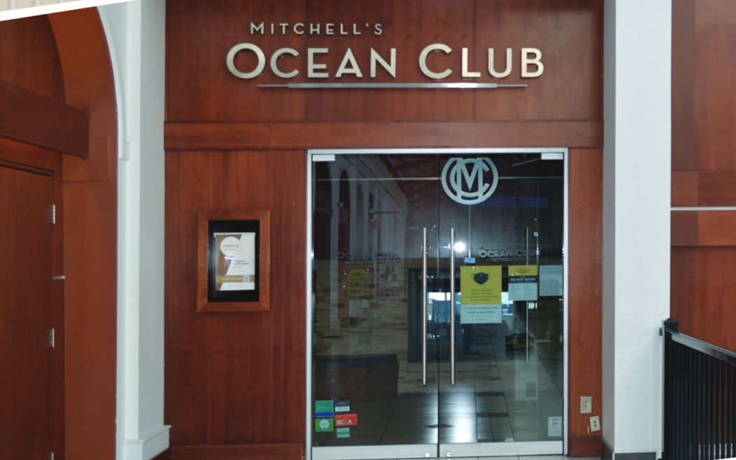 Cameron Mitchell Restaurants Installs Acrylic Shields from Plaskolite to Help Ensure Guest Safety