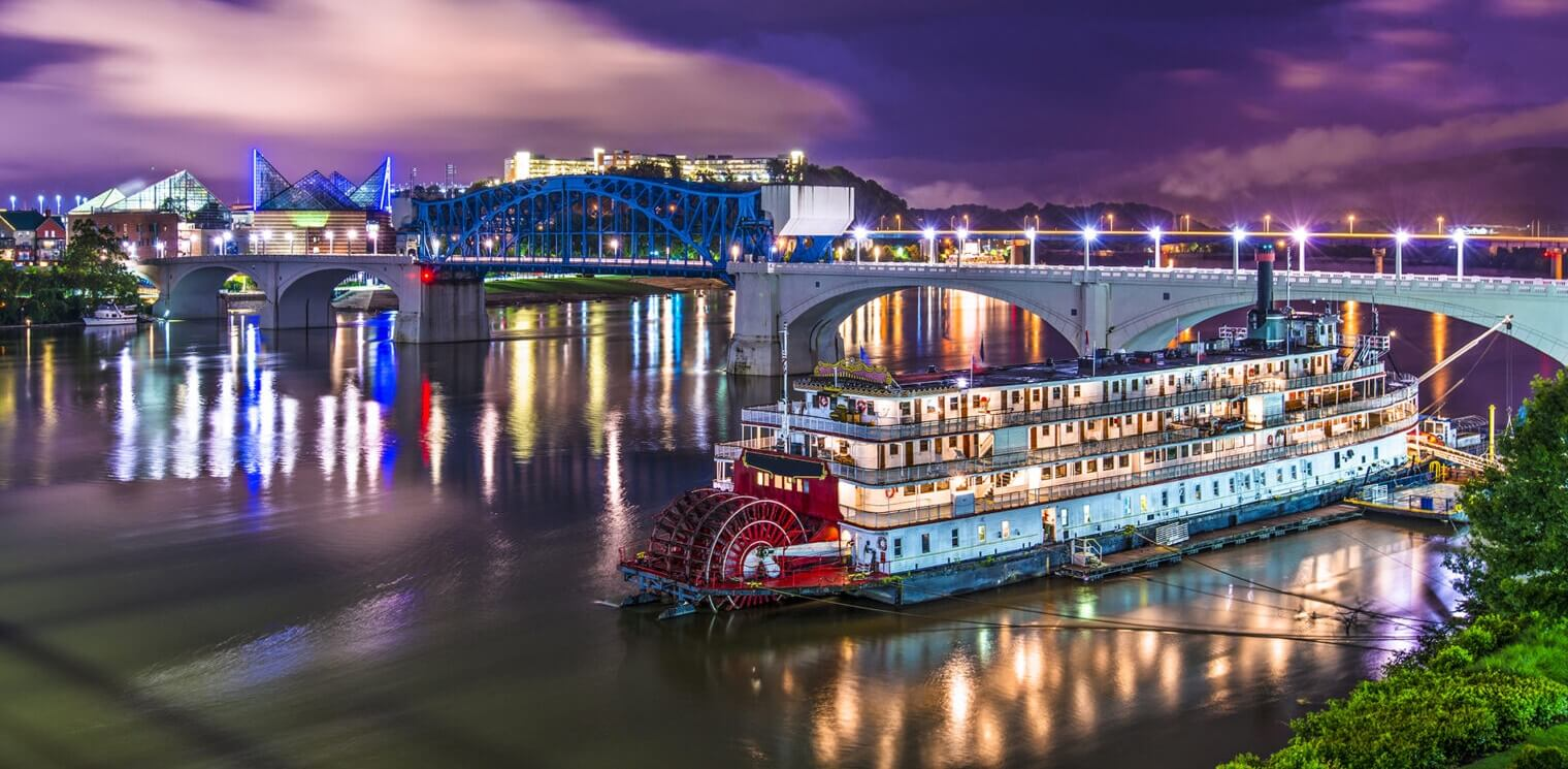 Chattanooga, Tennessee, USA downtown over the Tennessee River