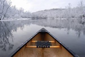 canoe-mammoser-great-swamp-winter
