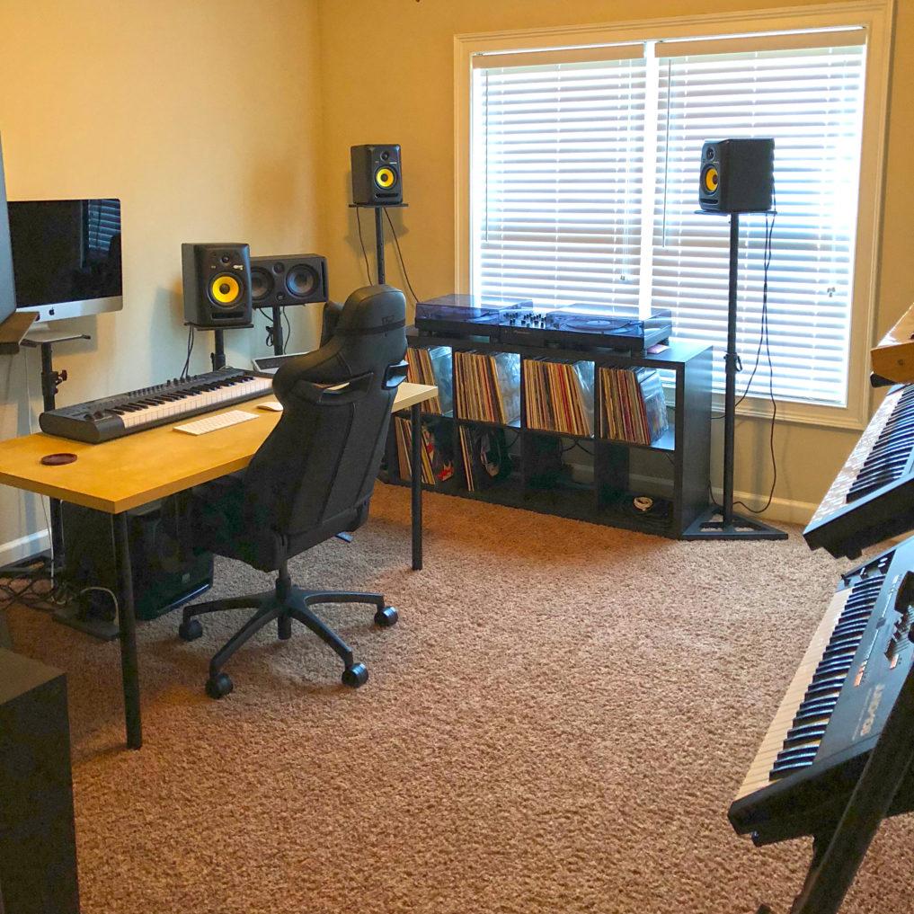 DELJOI Studio