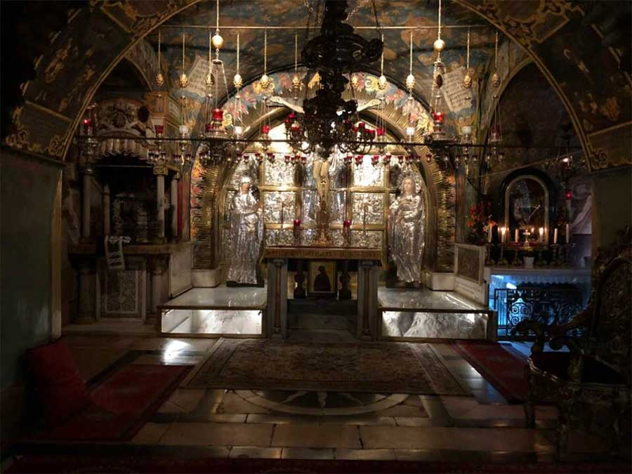 Altar of crucifixion