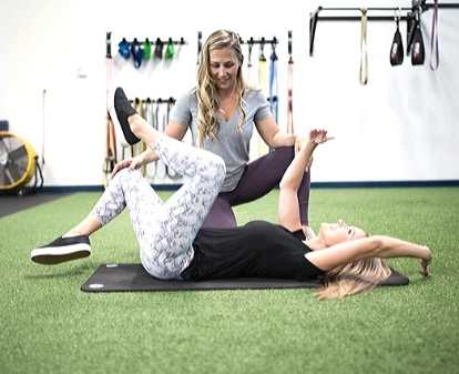 Dawn Hager coaching pregnancy fitness