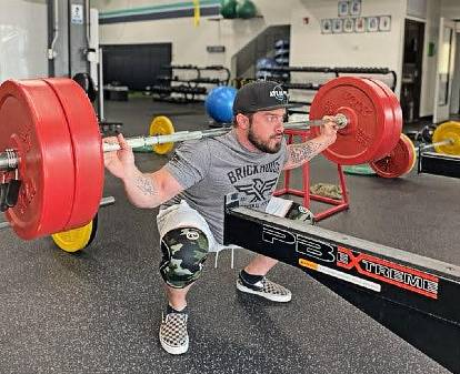 Justin Vetters working out