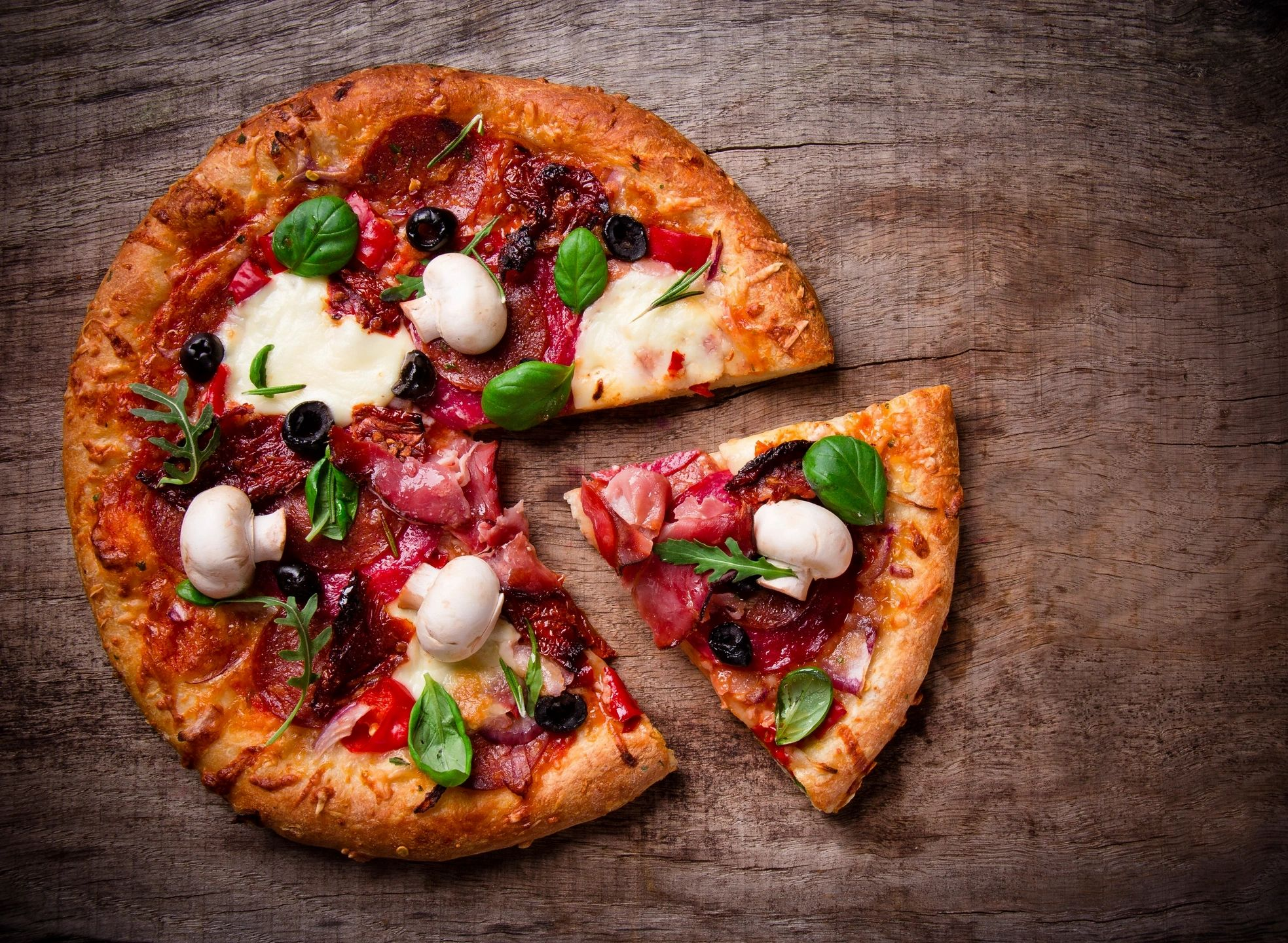 Cheese and meat pizza