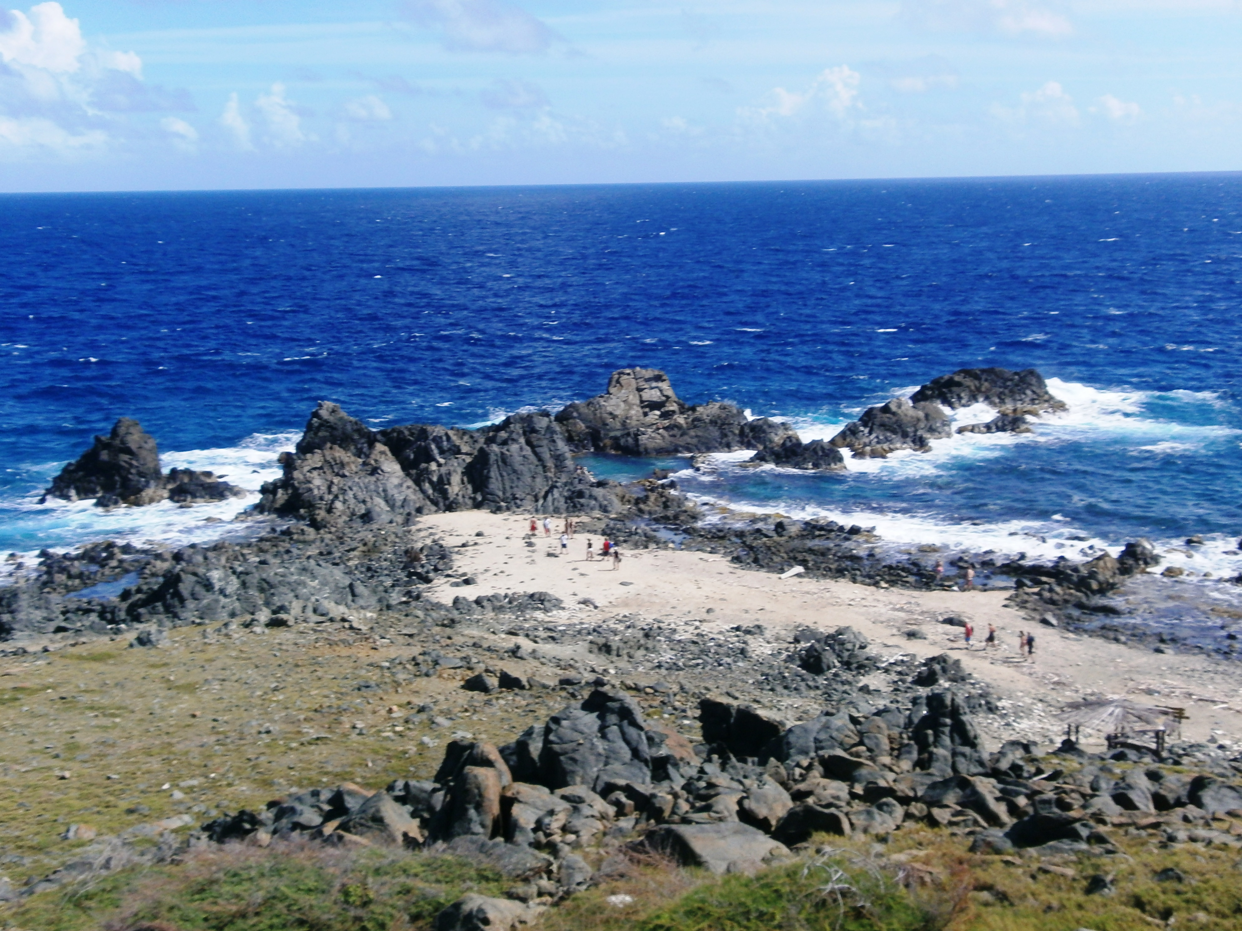 """The Ultimate Guide to Visiting Conchi, or the """"Natural Pool,"""" of Aruba 