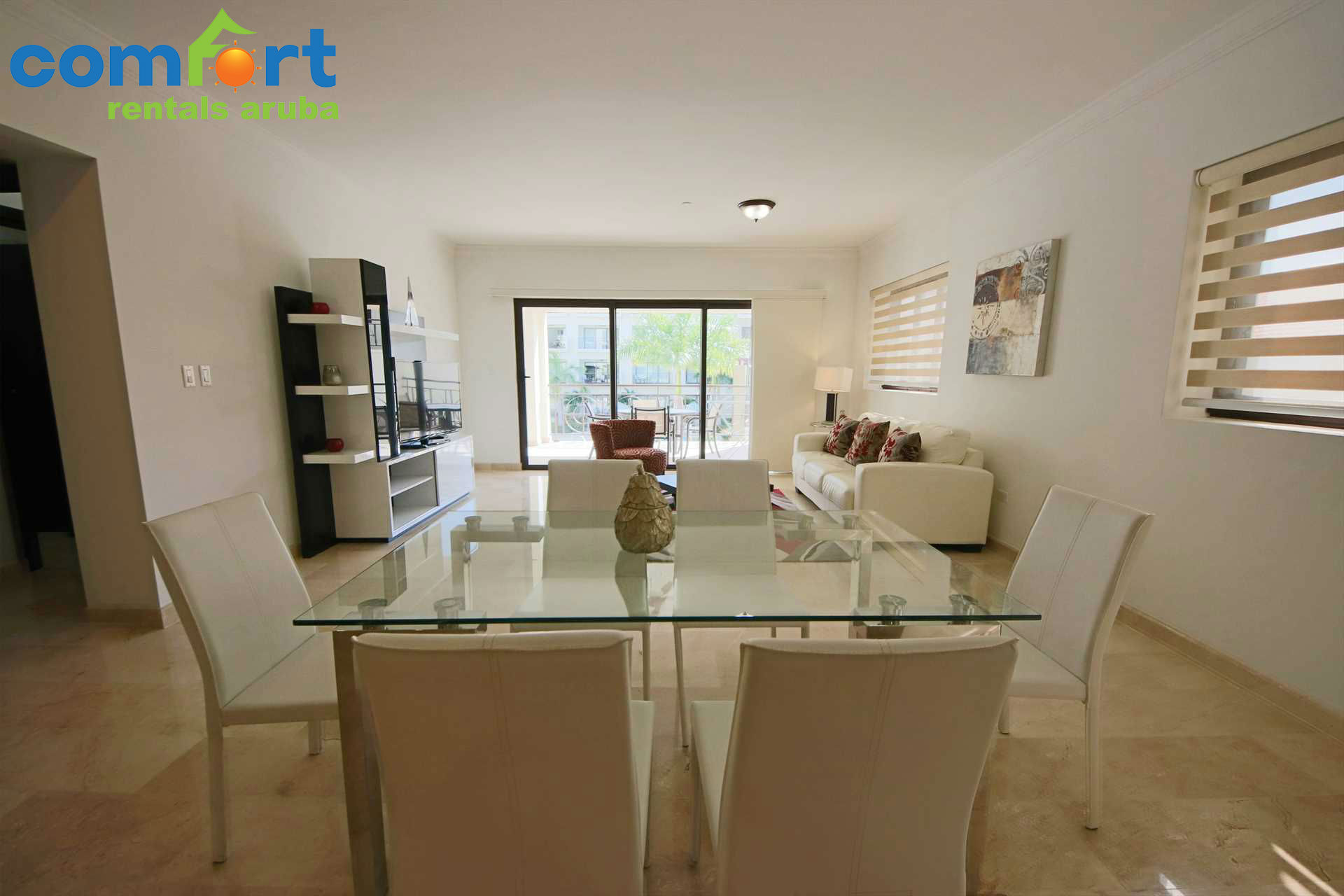 Dining area with a 6-seat dining table